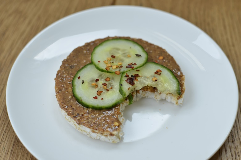 Amandelpasta vegetarisch broodbeleg
