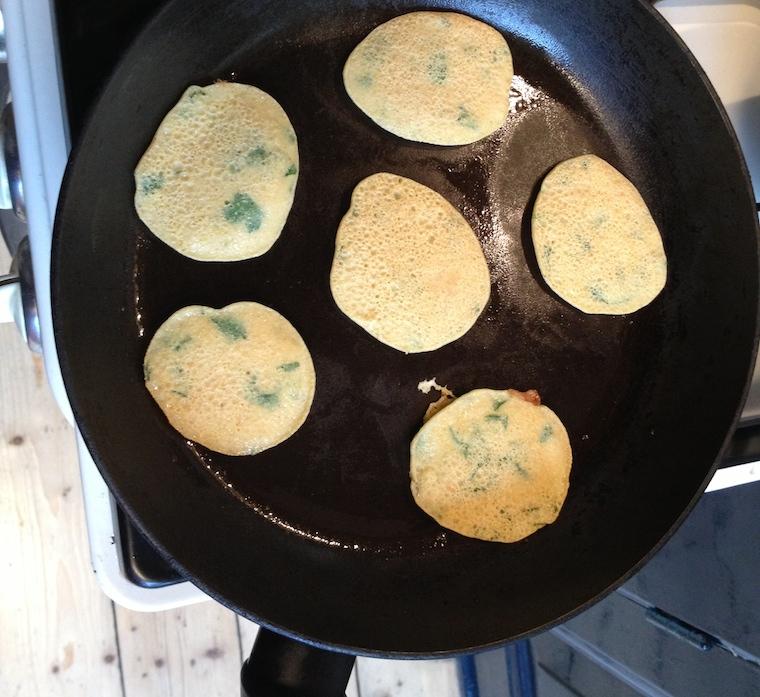 Bhaji's in de pan
