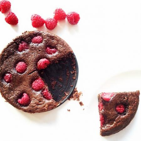 Glutenvrije brownie met frambozen