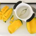 OXO mangosnijder mango doorgesneden